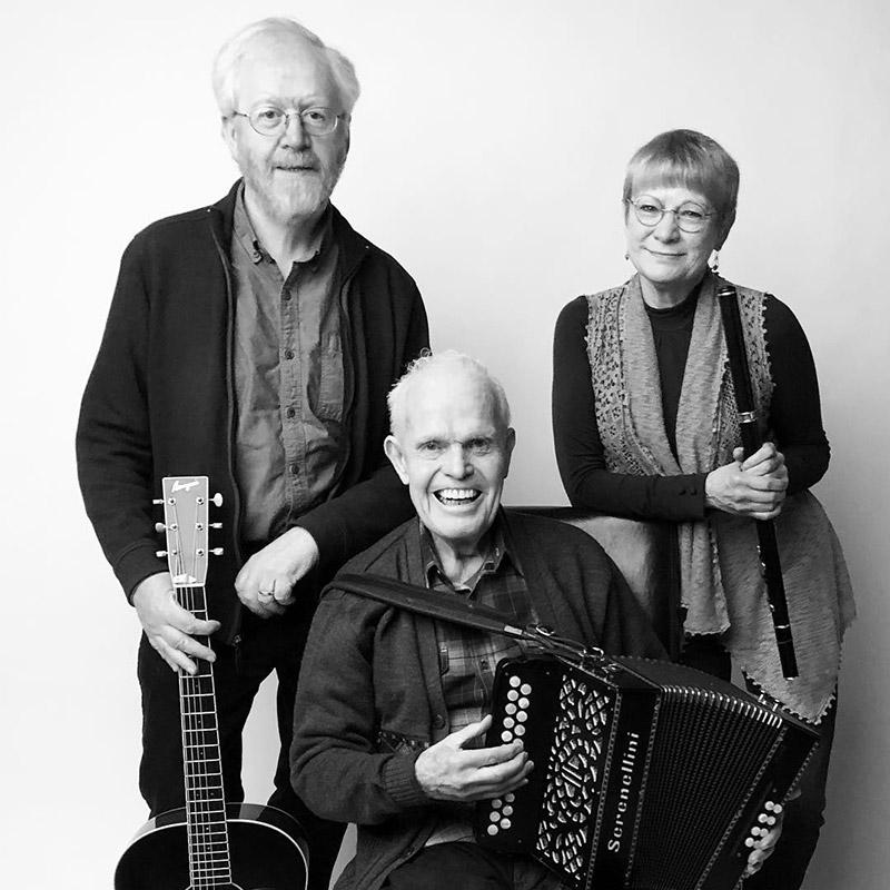 Dáithí Sproule, Martin McHugh, Laura McKenzie